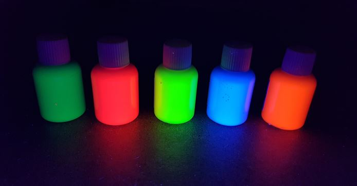 30ml UV Body and Face paint glowing