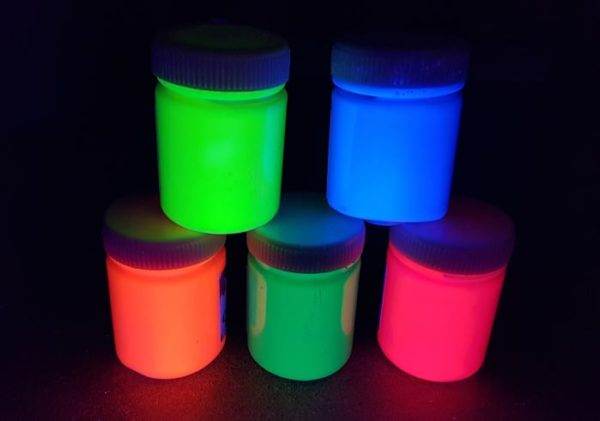 50ml UV Body and Face Paint glowing
