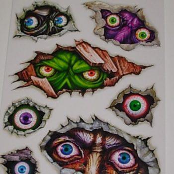 Creepy eye clings