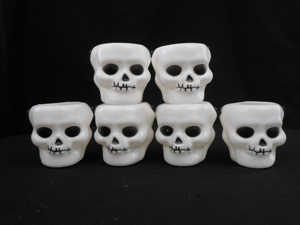 Small skull buckets